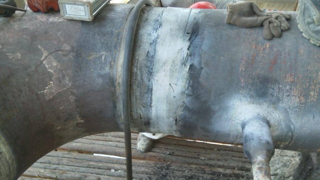 待磁粉检测的主蒸汽管道